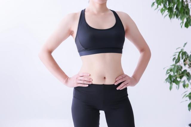 産後トレーニングの女性写真