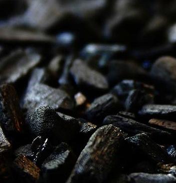 艶黒美人の竹炭の画像